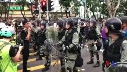 在香港沙田增援的防暴警察沒有佩戴委任證