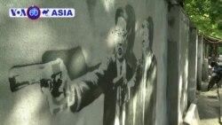 Hoạ sĩ Thái gây chú ý qua các tác phẩm chỉ trích lãnh đạo
