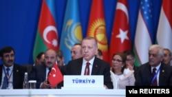 土耳其總統埃爾多安在阿塞拜疆巴庫出席突厥語系理事會會議。(資料圖片)