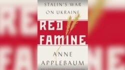 Энн Эпплбаум: героизация Сталина в России приведет к продолжению его политики