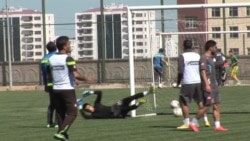 Kurdish Football Team Helps War-Torn City Cope