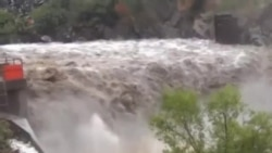 救援人員在美國致命洪災中面臨困難