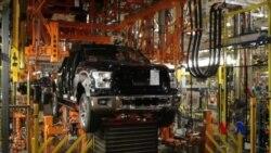 机器人抢走制造业岗位 失业者学技能谋出路