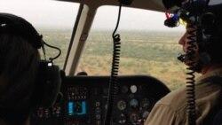 La VOA recorre la frontera en helicóptero