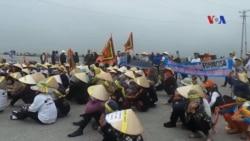 Giáo dân Hà Tĩnh, Nghệ An biểu tình chống Formosa