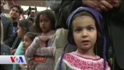 'Amina'nın Sesi'nde Küçük Bir Kız İslamofobi'yi Anlatıyor
