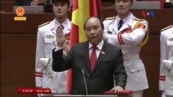 Tân Thủ tướng Việt Nam tuyên thệ nhậm chức