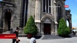 Khách Trung Quốc gây phiền toái nơi tôn nghiêm