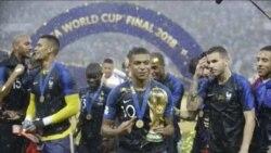 VOA Sport: La deuxième étoile de la France sous une pluie de buts