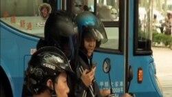 台灣警方警告通勤時嚴禁玩手機