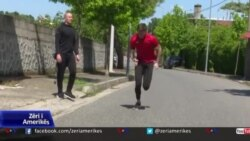 Shkodër: Pas mbylljes së stadiumit, atleti Franko Burraj stërvitet në rrugët e qytetit