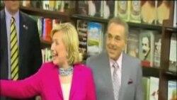 """Hillary Clinton počinje turneju za promociju svoje nove knjige """"Hard Choices"""""""