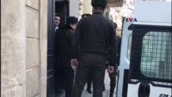 Mehman Hüseynovun məhkəməsindən reportaj