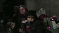 Sîvîlên Efrînî jiber Êrîşan li Bin Erdê Dijîn