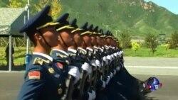 中国开放阅兵训练基地供外媒采访