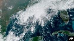 Satelitska slika oluje Beta (Foto: AP/NOAA)