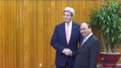 克里國務卿出訪會見越南領導人