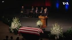 """Байден про роки """"великої дружби"""" з Маккейном у прощальній промові. Відео"""