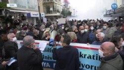 İzmir'de Boğaziçi'ne Destek Eylemine Polis Müdahalesi