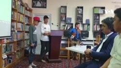 رپخوان نوجوان بامیانی با اعتیاد مبارزه میکند