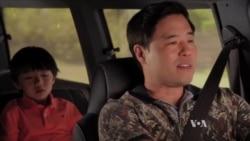รายการทีวีชุดชีวิตเอเชียน-อเมริกัน 'Fresh off the Boat' กำลังเป็นที่กล่าวขวัญในอเมริกา