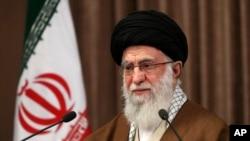 2020年5月22日伊朗最高領袖哈梅內伊發表電視講話。(美聯社資料照)