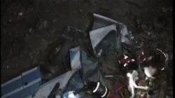 泰國一輛公交車墜入深澗至少29人喪生