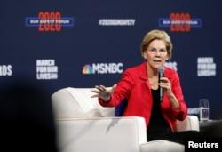U.S. Democratic presidential candidate Senator Elizabeth Warren (D-MA) responds to a question during a gun safety forum in Las Vegas, Nevada, Oct. 2, 2019.