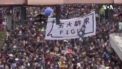 香港元旦大遊行被警方強行提前終止400人被抓