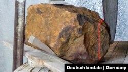 شهابسنگی که ۳۱ سال پیش در باغی در آلمان کشف شد (eutschland.de   Germany Twitter)
