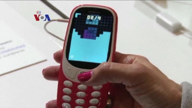 Menjual Ponsel Nostalgia Nokia 3310 - Liputan Tekno VOA