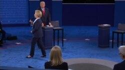 Clinton: Trump Lives in an Alternative Reality