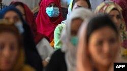 کابل میں افغان خواتین ایک تقریب میں شریک ہیں۔ دو اگست دو ہزار اکیس