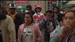 2014-01-26 美國之音視頻新聞: 一名泰國反政府抗議者被槍殺