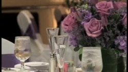 纽约哈莱姆黑人区显现繁荣景象;美国人办婚礼的新趋势;全美宝莱坞舞蹈大赛。