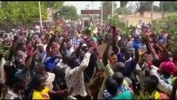 Des manifestants réclament le départ du président béninois Patrice Talon