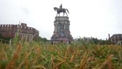 美国历史人物雕像争议日增