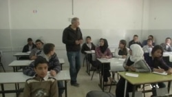 Former Palestinian Prisoner Teaches Hebrew
