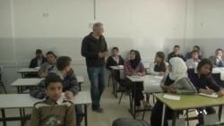 Former Palestinian Prisoner Teaches Hebrew