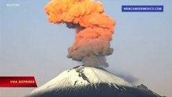 Núi lửa phun trào ở Mexico