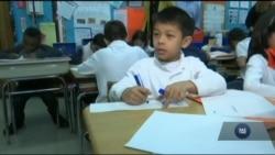 Американські школярі дедалі рідше вміють писати прописом. Відео