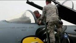 Вперше на території України тренуються американські тактичні військові літаки. Відео