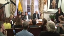 Assange anuncia su salida de embajada de Ecuador