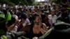 La acumulación de migrantes en la zona de La Parada, Villa del Rosario, llegó a cerca de 500 personas.