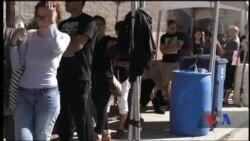Мешканці Лас-Вегаса і туристи здають кров, щоб допомогти пораненим в результаті стрілянини. Відео
