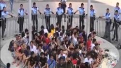 香港警方公民廣場清場行動外界批使用過分武力