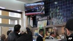 Le procès des anciens premiers ministres Ahmed Ouyahia et Abdelmalek Sellal est très suivi par les algériens à la télévision.