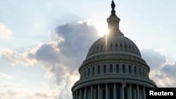 美国首都华盛顿的国会穹顶。