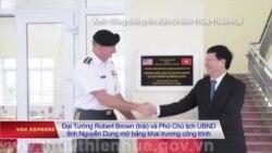 Lục quân Mỹ tặng trường học cho Việt Nam