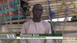TASKAR VOA: A Cikin Shirin Namu Na Yau Za Mu Leka A Borno Maiduguri Inda Wani Matashi Dan Gudun Hijira Ke Samun Na Batarwa